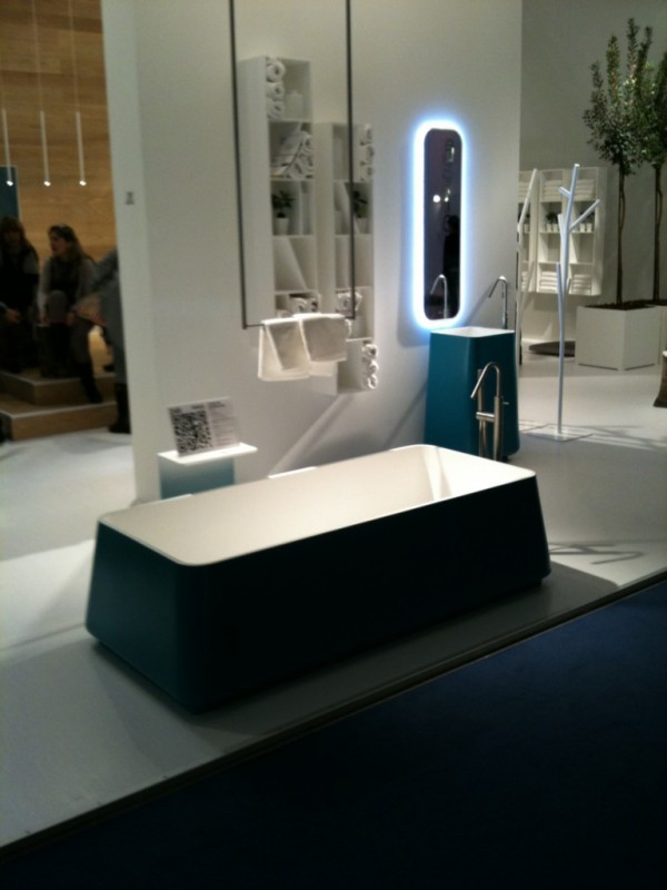 carrelage haut de gamme sanitaire milan mobilier. Black Bedroom Furniture Sets. Home Design Ideas